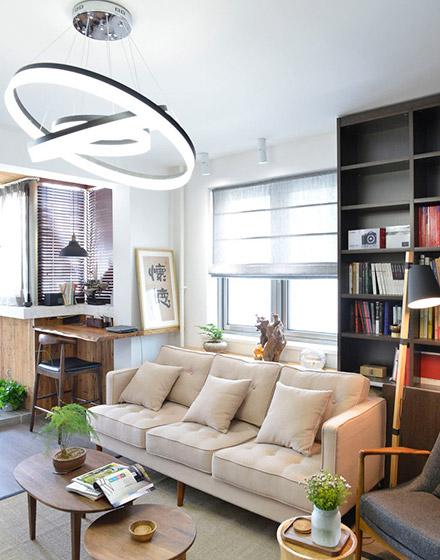 98平混搭二居室客厅吊灯图片