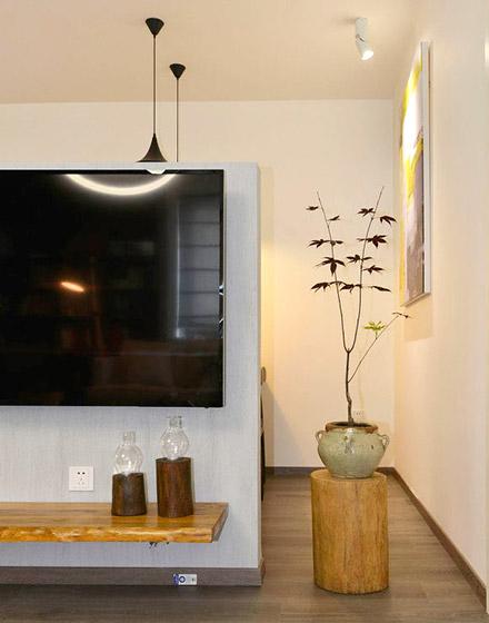 舒适简约日式客厅电视背景墙设计