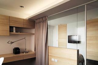 122平三室两厅卧室隔断设计