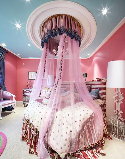 优雅粉色女孩房效果图