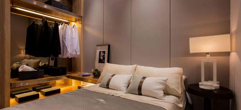 128平中式卧室衣柜设计图片
