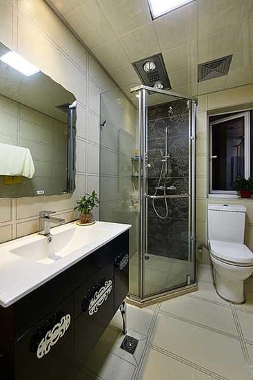 都市现代风装修 卫生间淋浴房设计