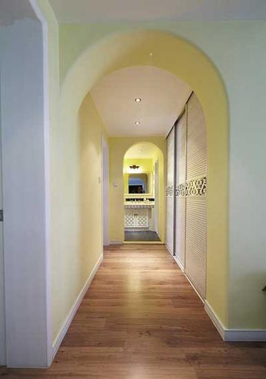 温馨地中海风拱门过道隔断设计