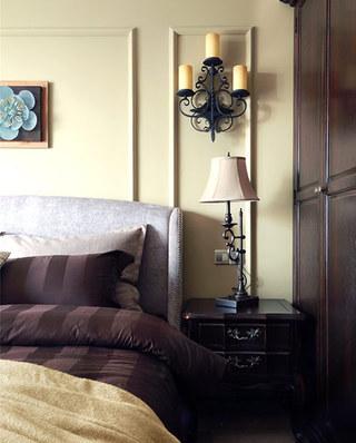 135平米美式风格三居室卧室壁灯图片