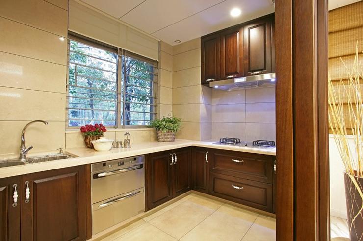 高端中式厨房 实木橱柜效果图