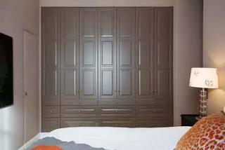 美式卧室衣柜设计布置图