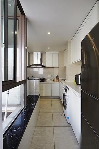 90平现代简约风格装修厨房效果图