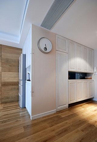 130平温馨简约风格装修收纳柜设计