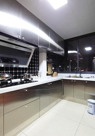 小资情调四房装修效果图厨房设计