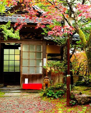 日式风格庭院装潢效果图