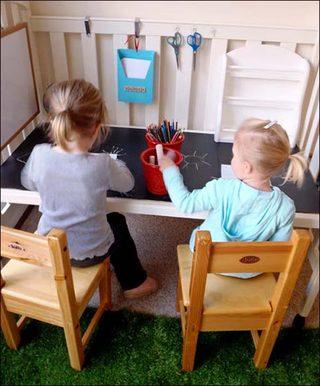 婴儿床改造书桌装饰图片