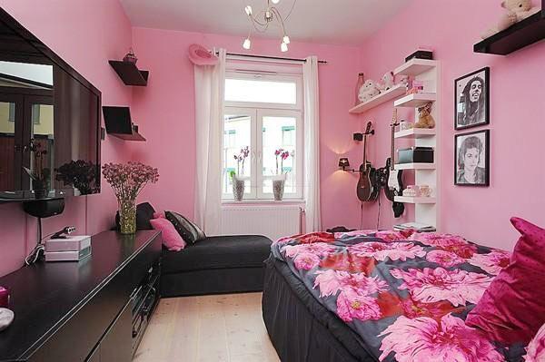 粉色系卧室设计平面图