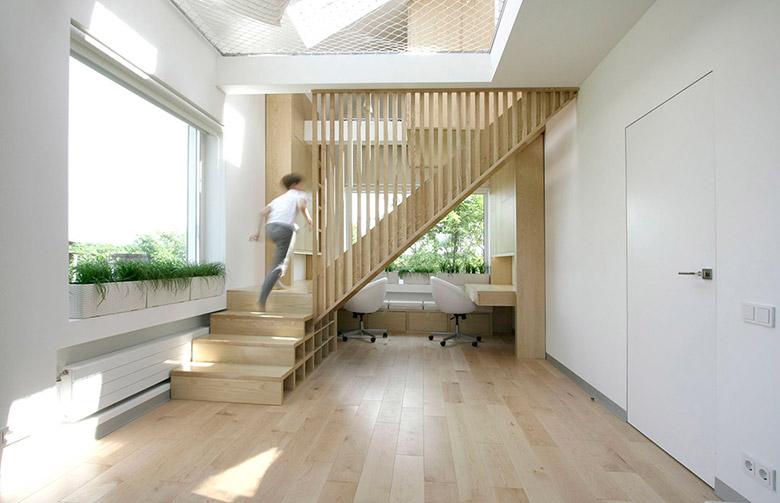 80平米复式楼梯装修图