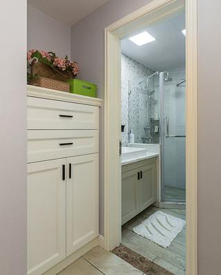 85平美式风格两居浴室柜效果图