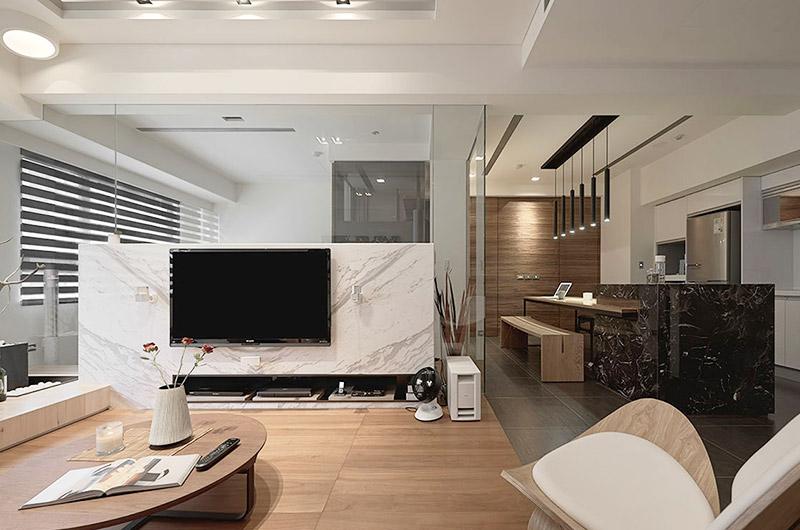 60平日式公寓电视背景墙隔断图图片