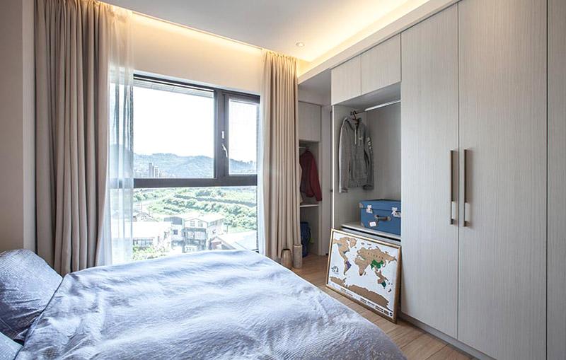简洁北欧风卧室衣柜图片
