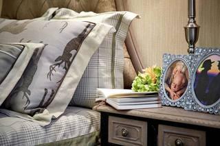 242㎡法式三居室床头柜图片