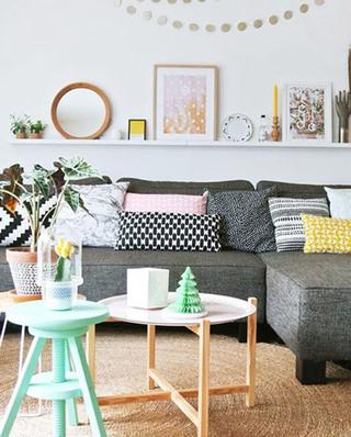 几何图案沙发抱枕设计