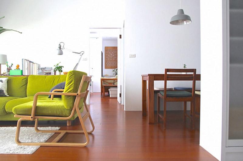 90平日式三居室过道地板装修