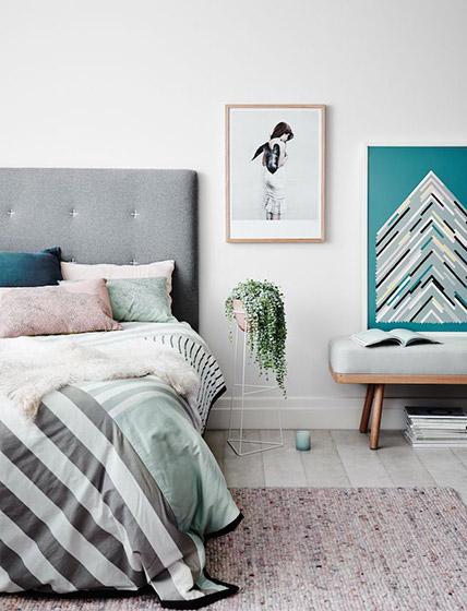 北欧风格卧室装饰画效果图