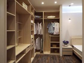 索菲亚衣柜用的什么板材 索菲亚衣柜材质环保吗