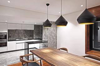 200平错层复式楼餐厅设计图