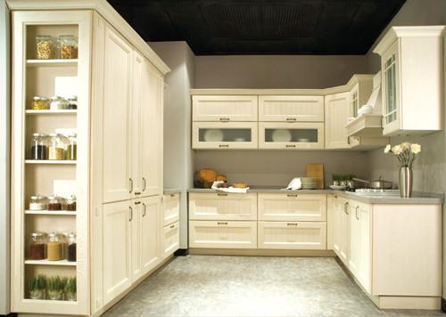 厨房的过道宽度