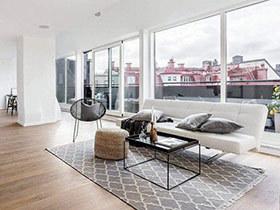 另类顶层阁楼公寓挑高装修 这里阳光正好