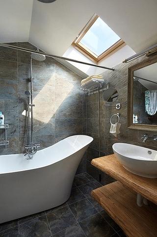 欧式风格小复式装修阁楼卫生间装修