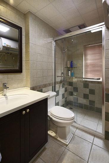 美式风格三居室卫生间淋浴房装修图
