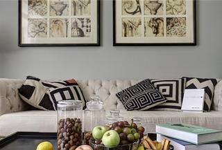 法式风格三居室设计沙发背景墙装饰画