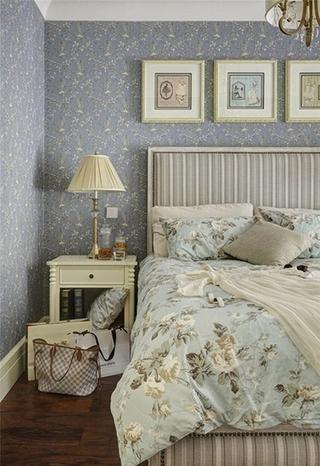 法式风格三居室设计卧室壁纸效果图
