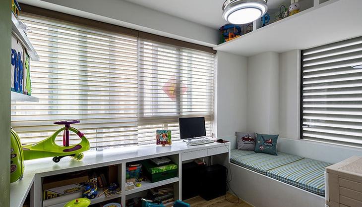 北欧风格三居室装修书房效果图