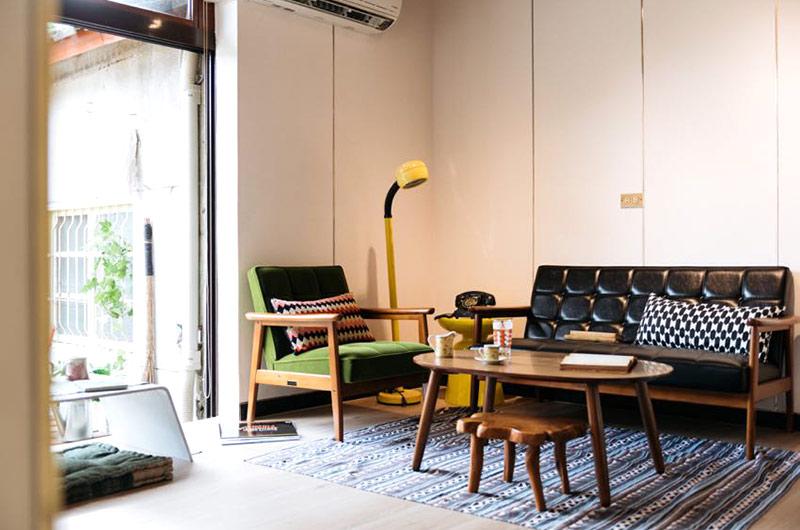 135平旧房改造客厅效果图