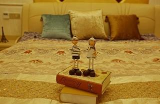 200平别墅装修婚房卧室效果图