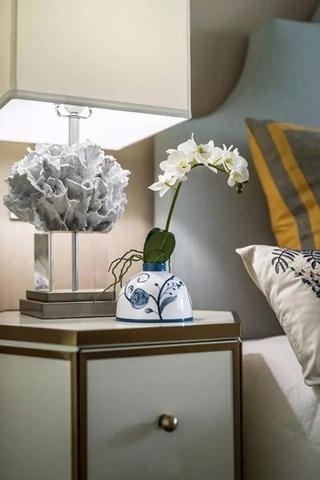 简约风格联排别墅床头柜设计