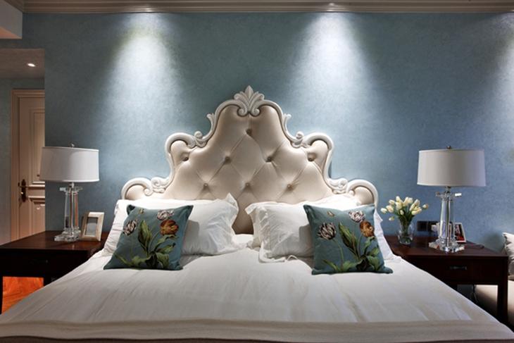 美式风格别墅装修床头软包图片