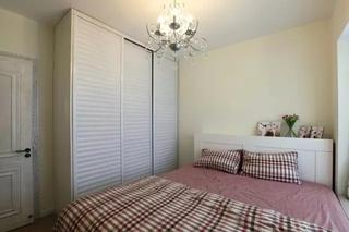 90平简约三居卧室吊灯设计图