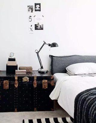 创意床头柜装修装饰效果图