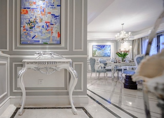 美式风格四室两厅装修玄关装饰画
