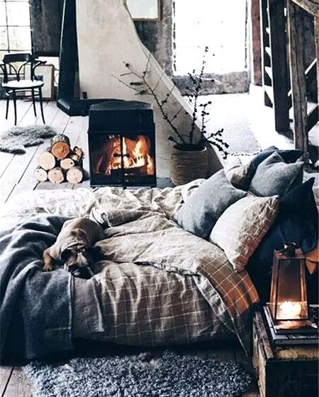 工业风格舒适卧室床垫图