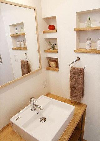 日式卫生间装修装饰效果图