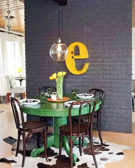 餐厅裸砖背景墙装修装饰图