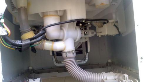 洗衣机排水阀不排水怎么办图片