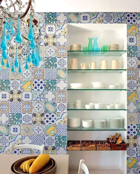 餐厅彩色瓷砖背景墙装修图