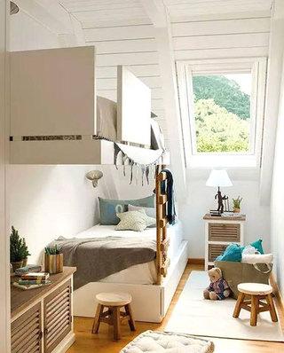 阁楼儿童房高低床图片