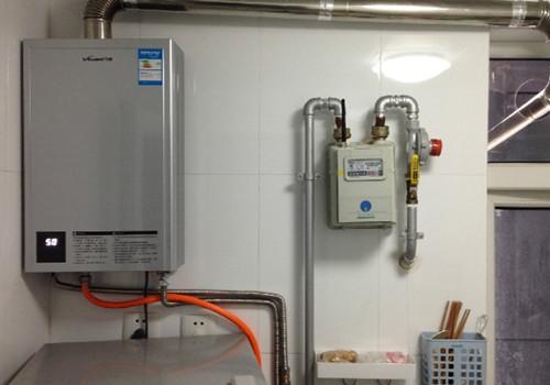 强排式热水器安全吗 强排式热水器打不着火