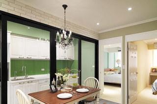 86平美式风格二居餐厅装潢图