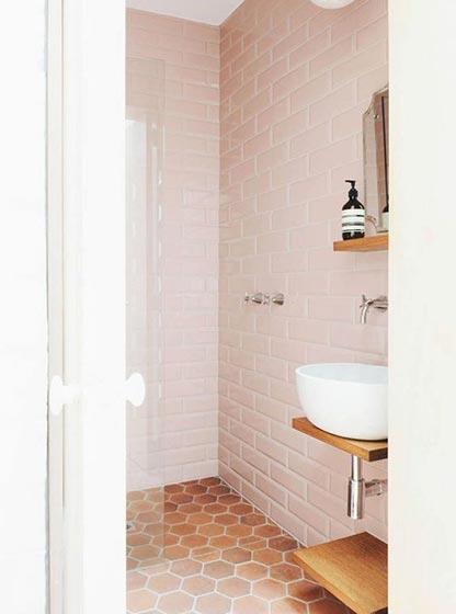 粉色系卫生间装修效果图