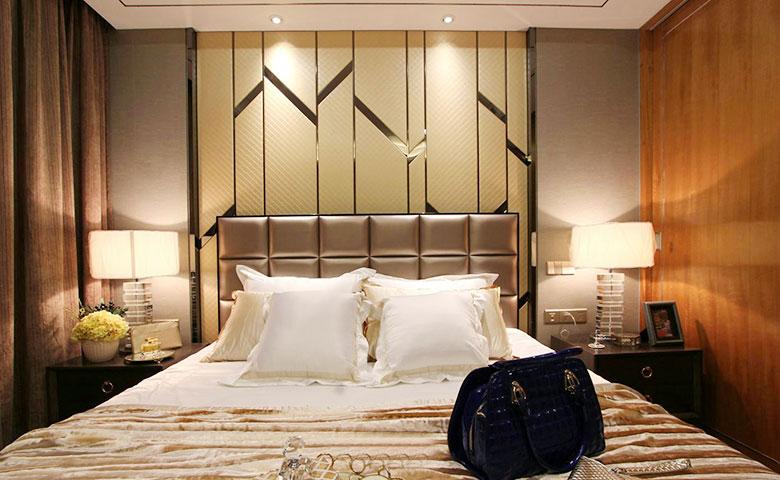 典雅欧式次卧 软包背景墙设计